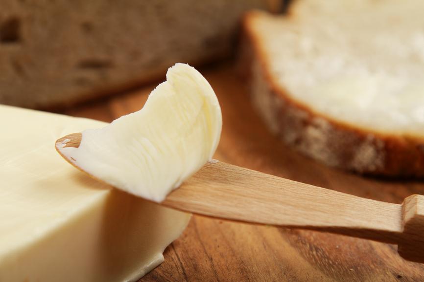 Por que a porcentagem de lipídios de uma margarina interfere no sabor e no aroma de seus produtos?