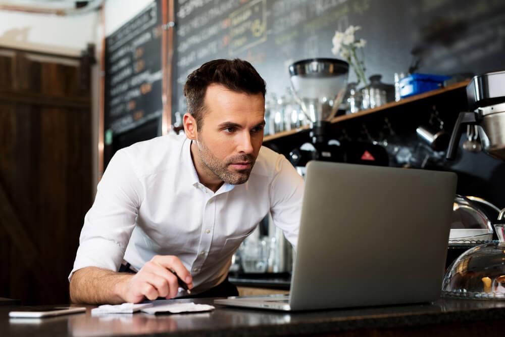 Como as redes sociais podem ajudar sua lanchonete