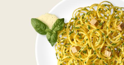 Spaghetti com Pesto Alla Genovese, Peito de Frango e Anchovas