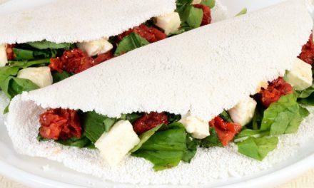 Tapioca de Rúcula com Tomate Seco