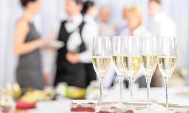 Conheça 7 dicas sensacionais para montar um buffet de casamento