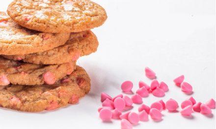 Cookies com Gotas de  Chocolate sabor Morango