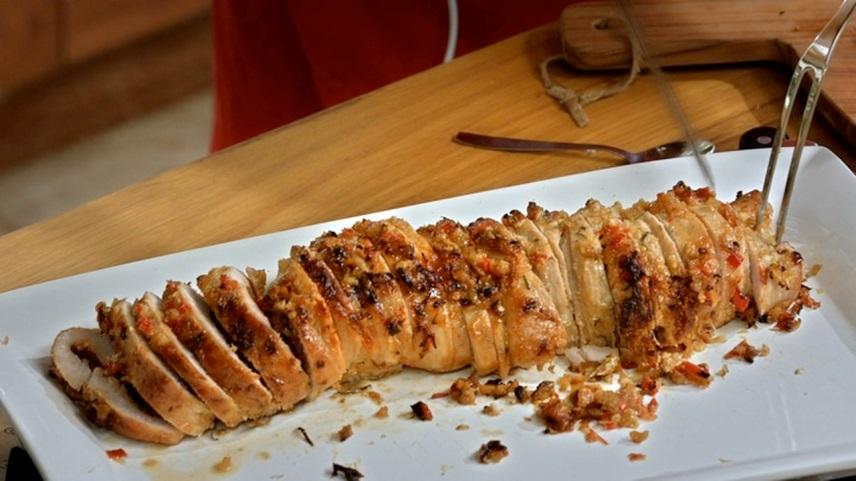 Lombo Recheado com Tomate Seco e Gorgonzola
